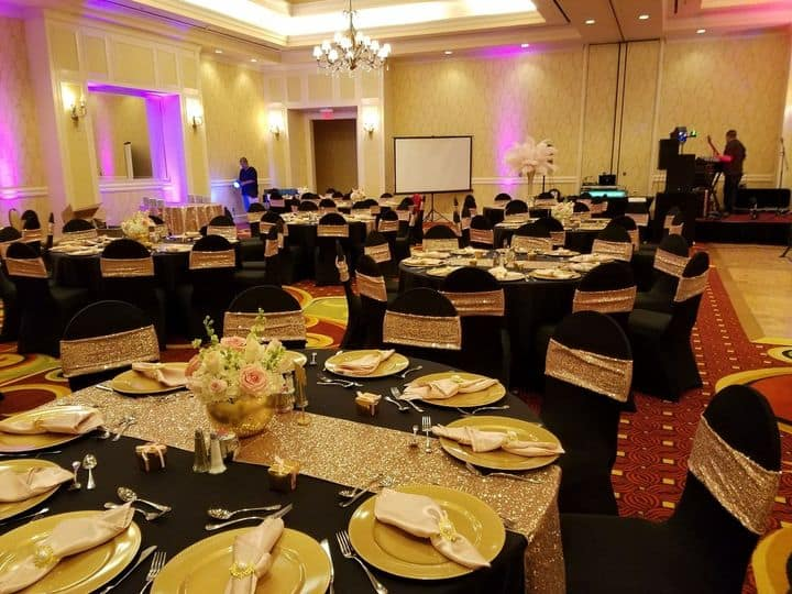 table linen rentals for weddings Round Rock