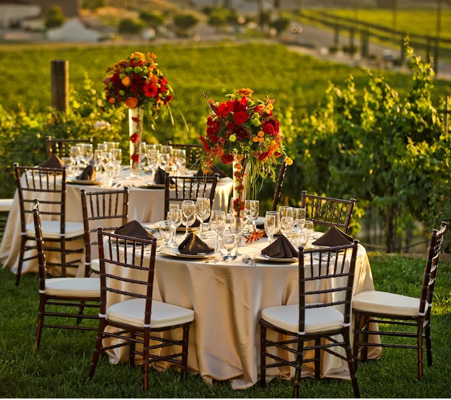 tablecloth rentals for weddings Round Rock